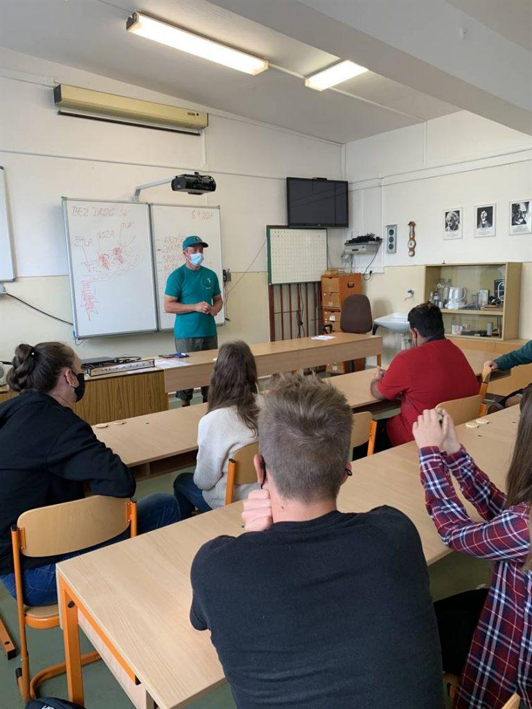 prednaska na skole bezdrog.sk - Peter remper (1)