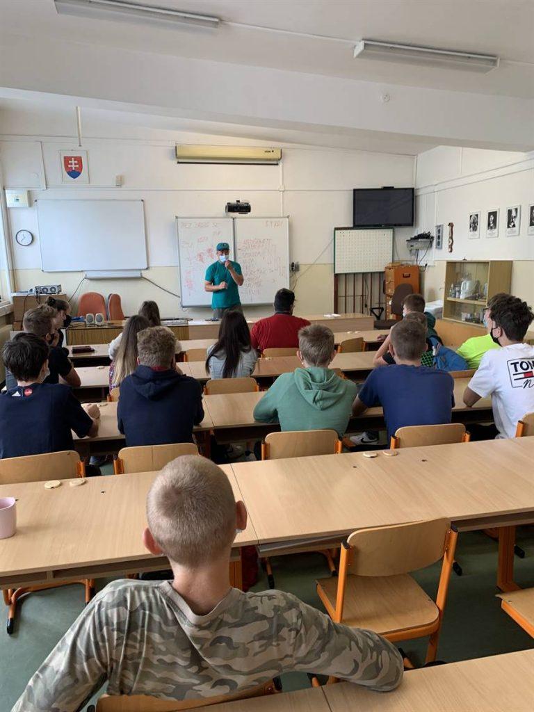 prednaska na skole bezdrog.sk - Peter remper (2)